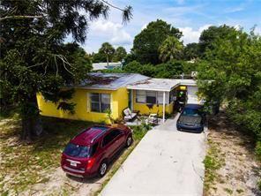 241 6th Avenue SW, Vero Beach, FL 32962 - MLS#: RX-10736835