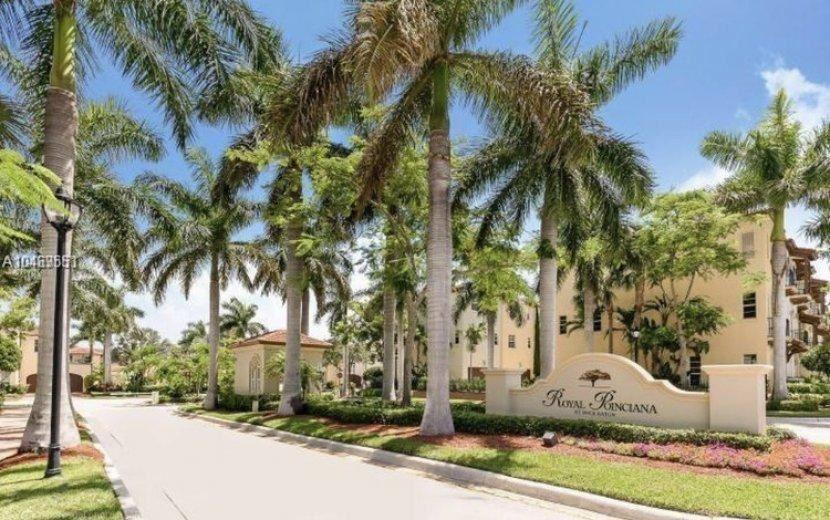71 Via Poinciana Lane, Boca Raton, FL 33487 - #: RX-10573836