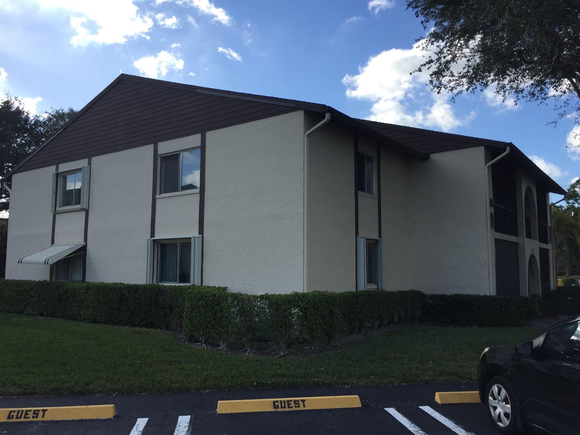 Photo of 121 Lake Pine Circle #A2, Greenacres, FL 33463 (MLS # RX-10626836)