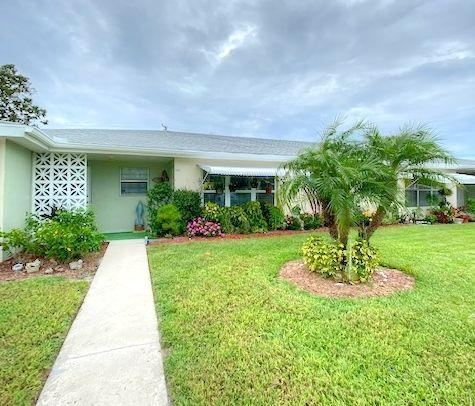 Photo of 103 Lakes End Drive #B Aka E, Fort Pierce, FL 34982 (MLS # RX-10578838)