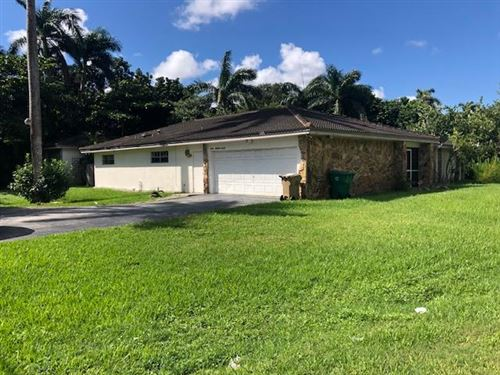 Photo of Listing MLS rx in 6100 SW 58 Place Davie FL 33314