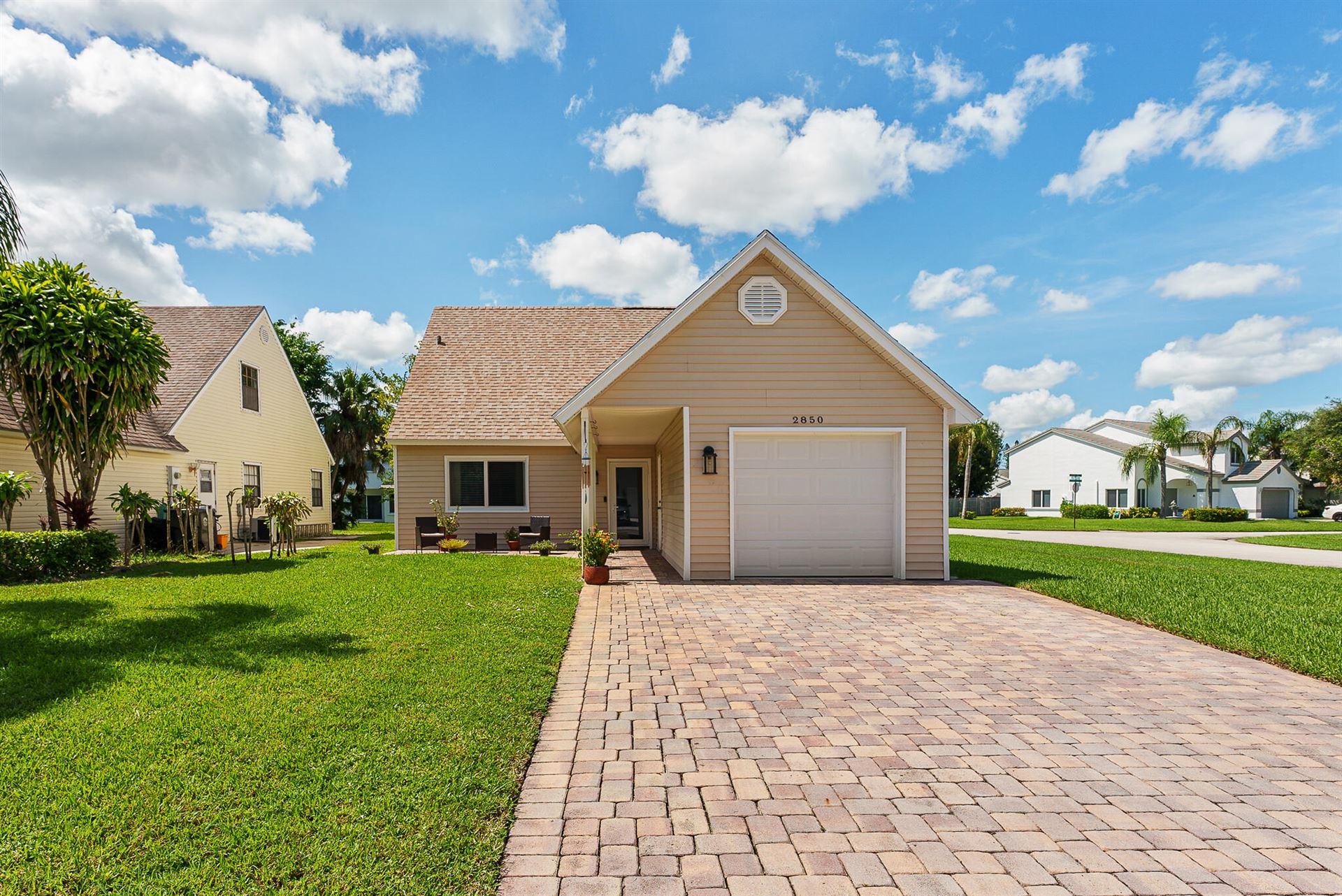 2850 Black Pine Court, Lake Worth, FL 33462 - #: RX-10746838