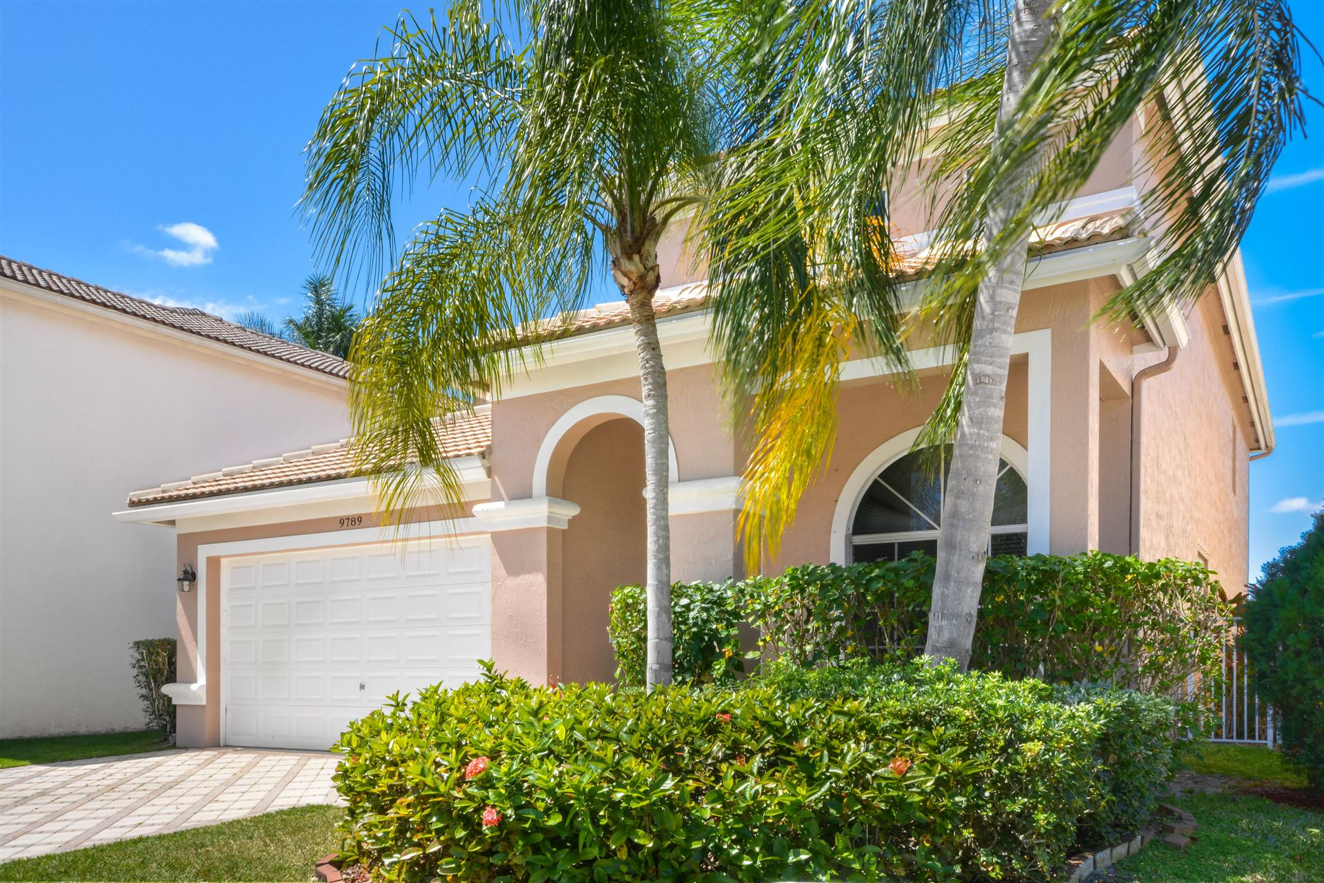 Photo of 9789 Vineyard Court, Boca Raton, FL 33428 (MLS # RX-10708839)