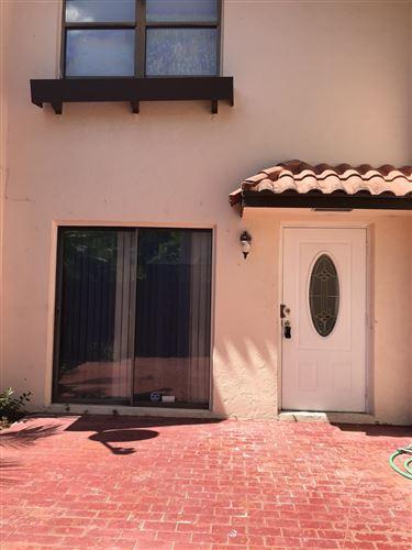 Foto de inmueble con direccion 6339 Seven Springs Boulevard #D Greenacres FL 33463 con MLS RX-10644840