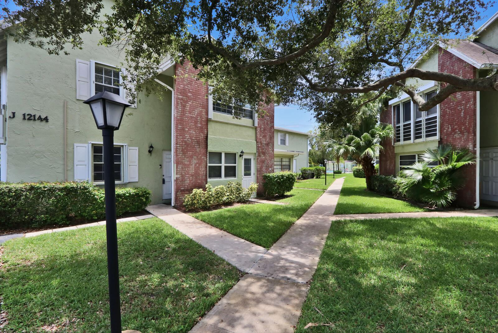 12144 Alternate A1a #J1, Palm Beach Gardens, FL 33410 - #: RX-10637840