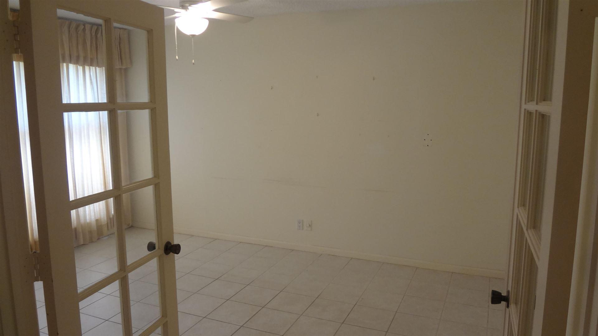 Photo of 46 Balfour Road, Palm Beach Gardens, FL 33418 (MLS # RX-10633841)