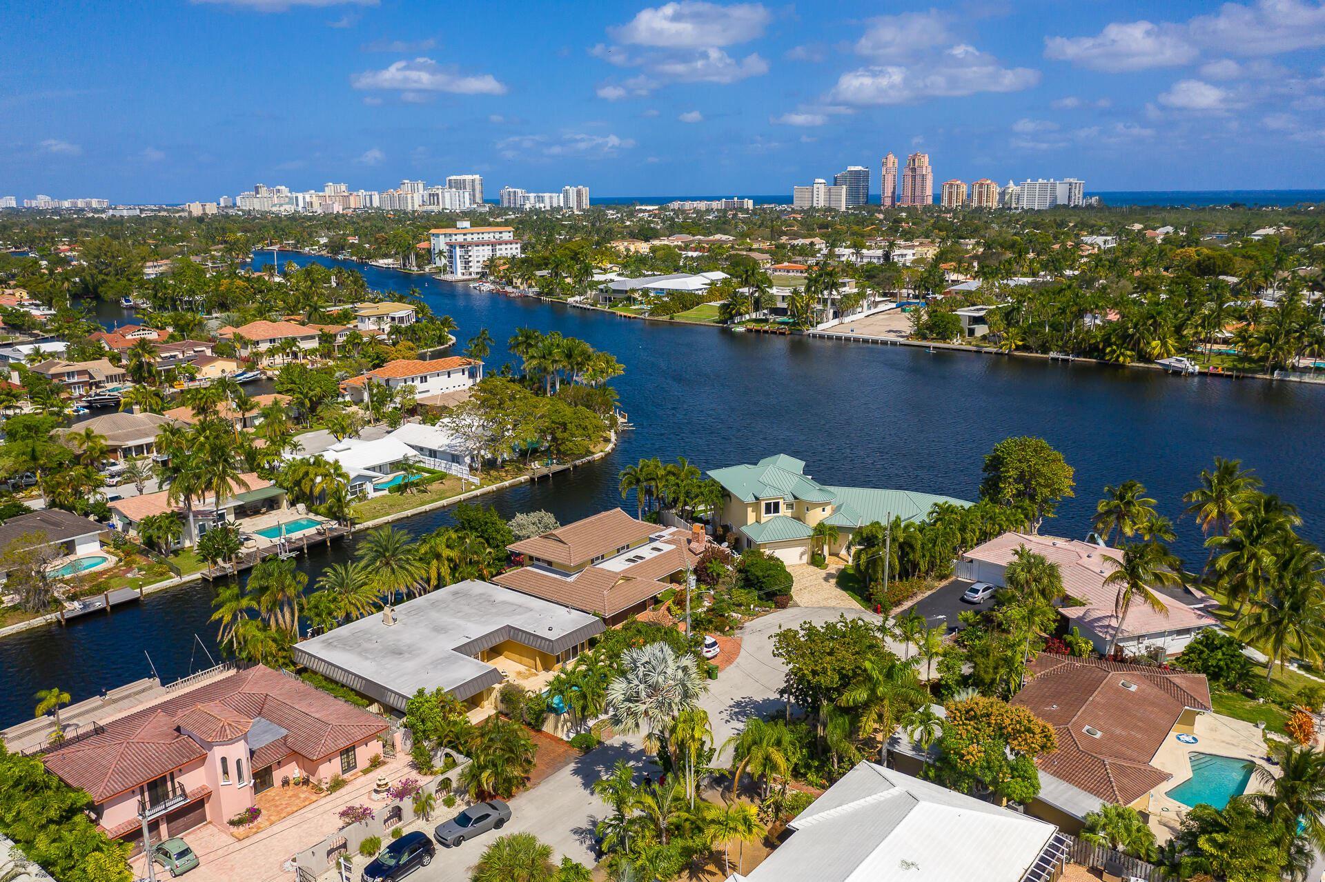 Photo of 2213 NE 16th Street, Fort Lauderdale, FL 33305 (MLS # RX-10754841)