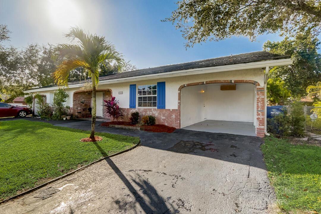 Photo of 8130 NW 40 Street, Coral Springs, FL 33065 (MLS # RX-10751842)