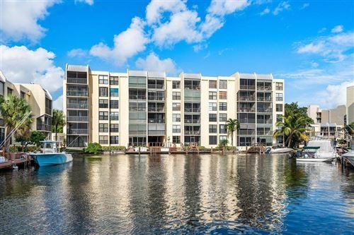Photo of 9 Royal Palm Way #606, Boca Raton, FL 33432 (MLS # RX-10674843)