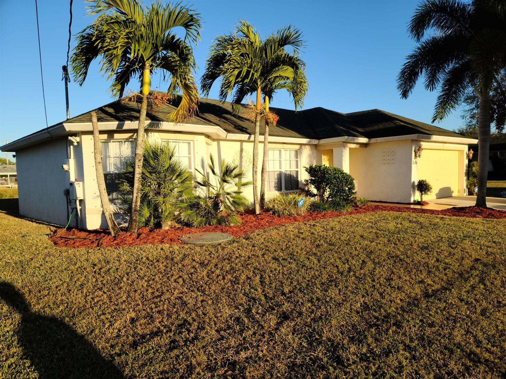 2201 SW Chestnut Lane, Port Saint Lucie, FL 34953 - #: RX-10686844
