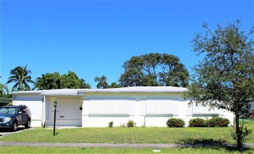 Foto de inmueble con direccion 365 Hunter Street West Palm Beach FL 33405 con MLS RX-10663846