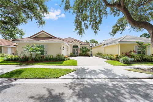 Photo of 180 Hampton Place, Jupiter, FL 33458 (MLS # RX-10730846)