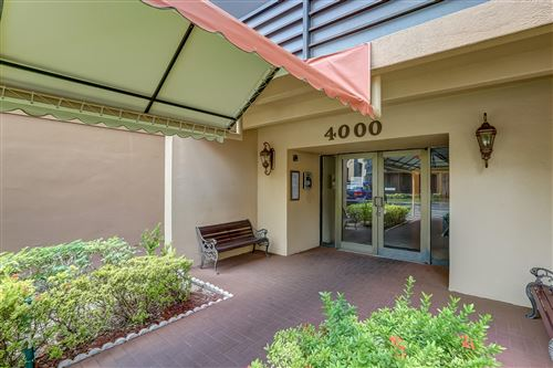 Photo of 4000 N North Hills Drive #6, Hollywood, FL 33021 (MLS # RX-10652849)