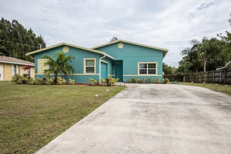 735 SW Curtis Street, Port Saint Lucie, FL 34983 - #: RX-10676852