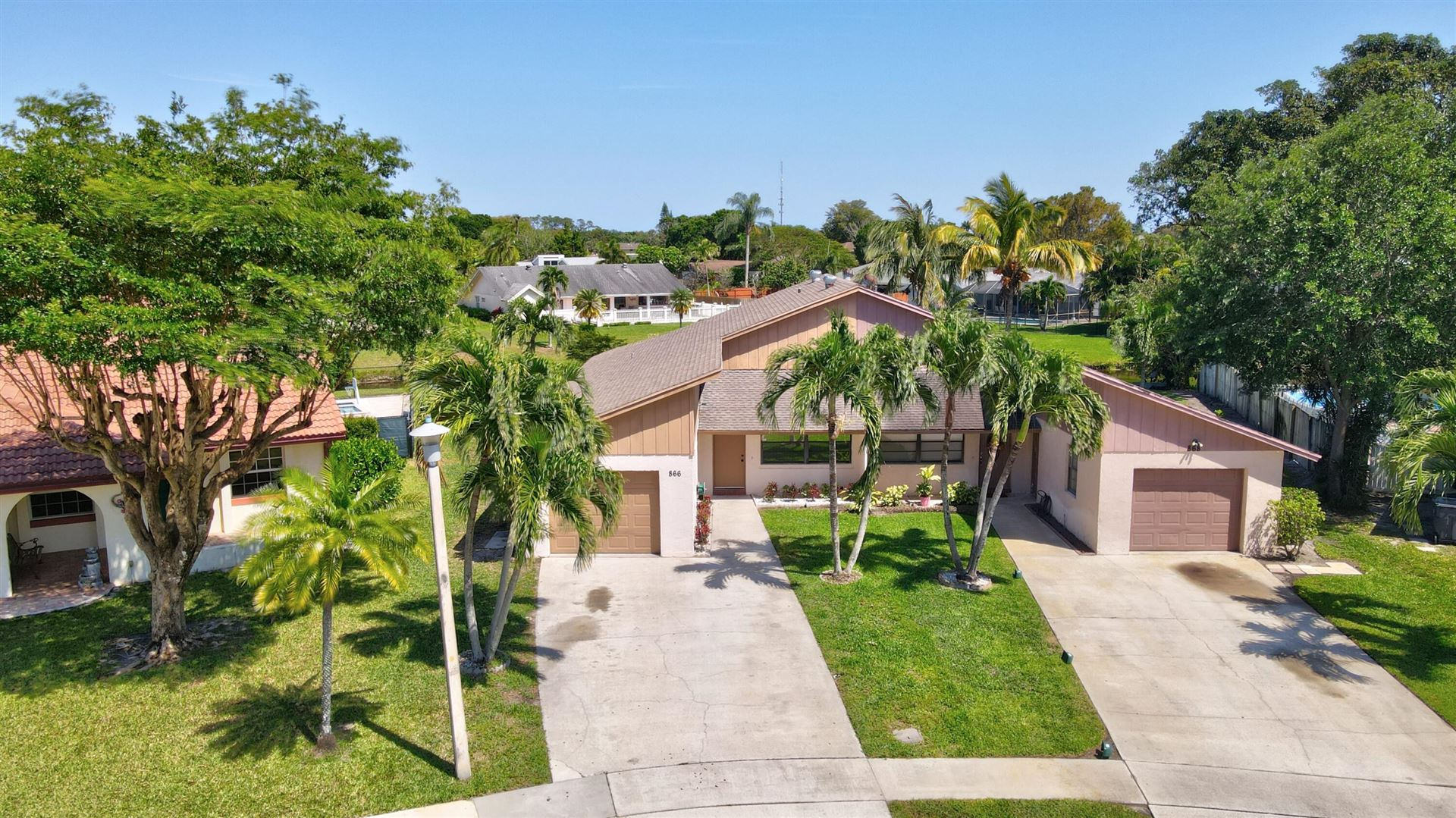 Photo of 866 Lantern Tree Lane, Wellington, FL 33414 (MLS # RX-10708852)
