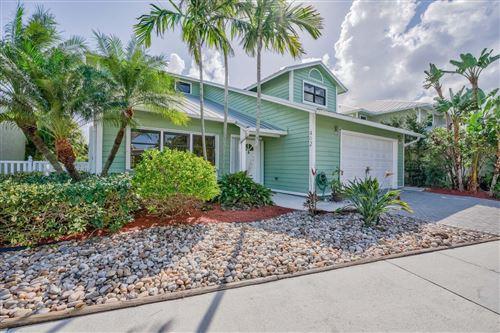 Photo of 402 Xanadu Place, Jupiter, FL 33477 (MLS # RX-10543854)