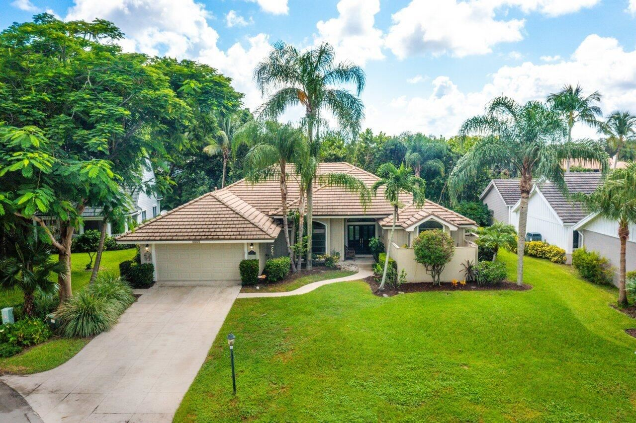 5008 Whispering Hollow, Palm Beach Gardens, FL 33418 - MLS#: RX-10739856