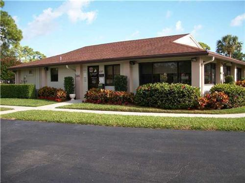 Photo of 6392 Chasewood Drive #H, Jupiter, FL 33458 (MLS # RX-10687857)