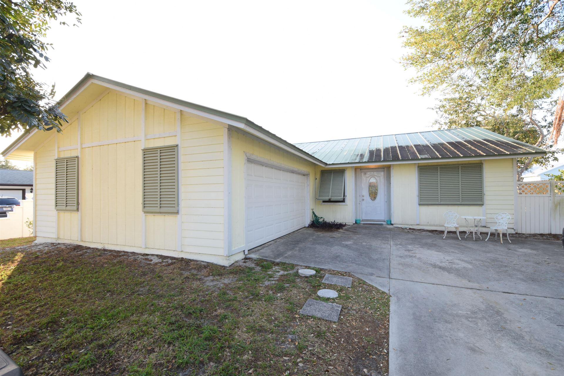 5125 SE Manatee Terrace, Stuart, FL 34997 - #: RX-10711857