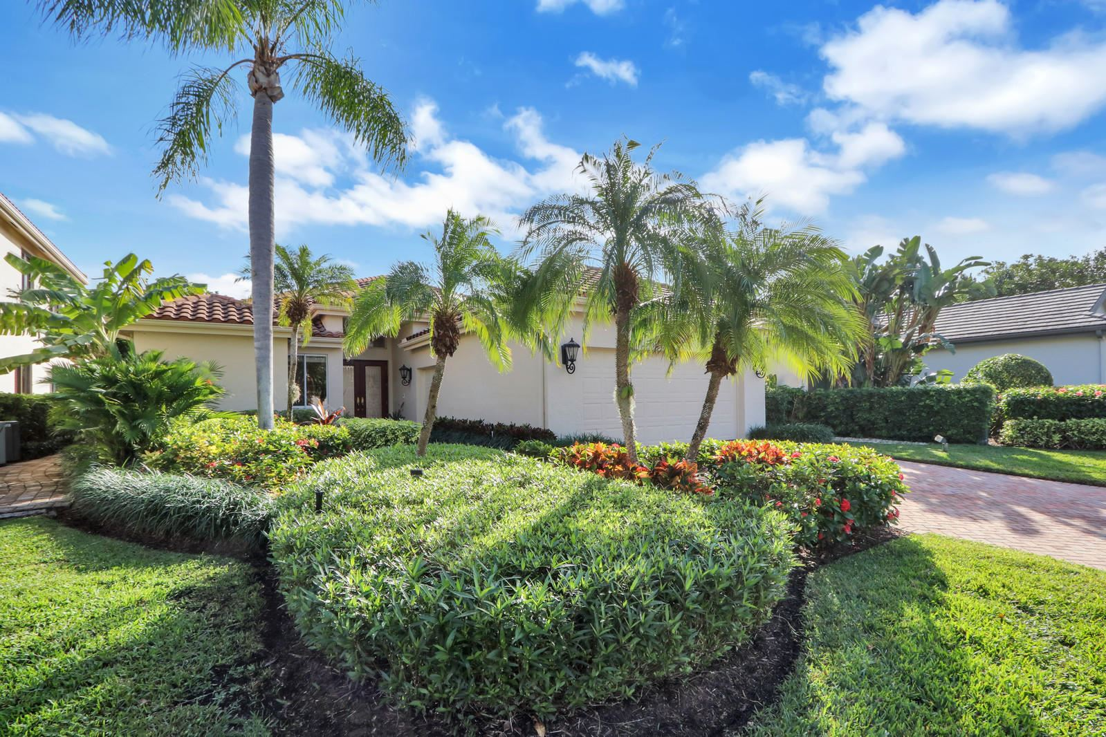 Photo of 13368 Provence Drive, Palm Beach Gardens, FL 33410 (MLS # RX-10592858)