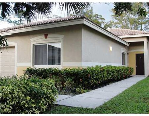Photo of 260 Crestwood 106 Circle #106, Royal Palm Beach, FL 33411 (MLS # RX-10687860)