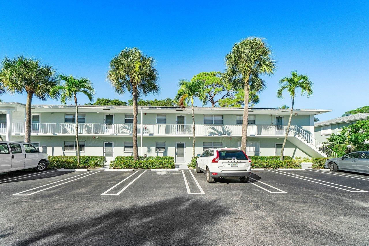 Photo of 2420 SW 22nd Avenue #603, Delray Beach, FL 33445 (MLS # RX-10675862)