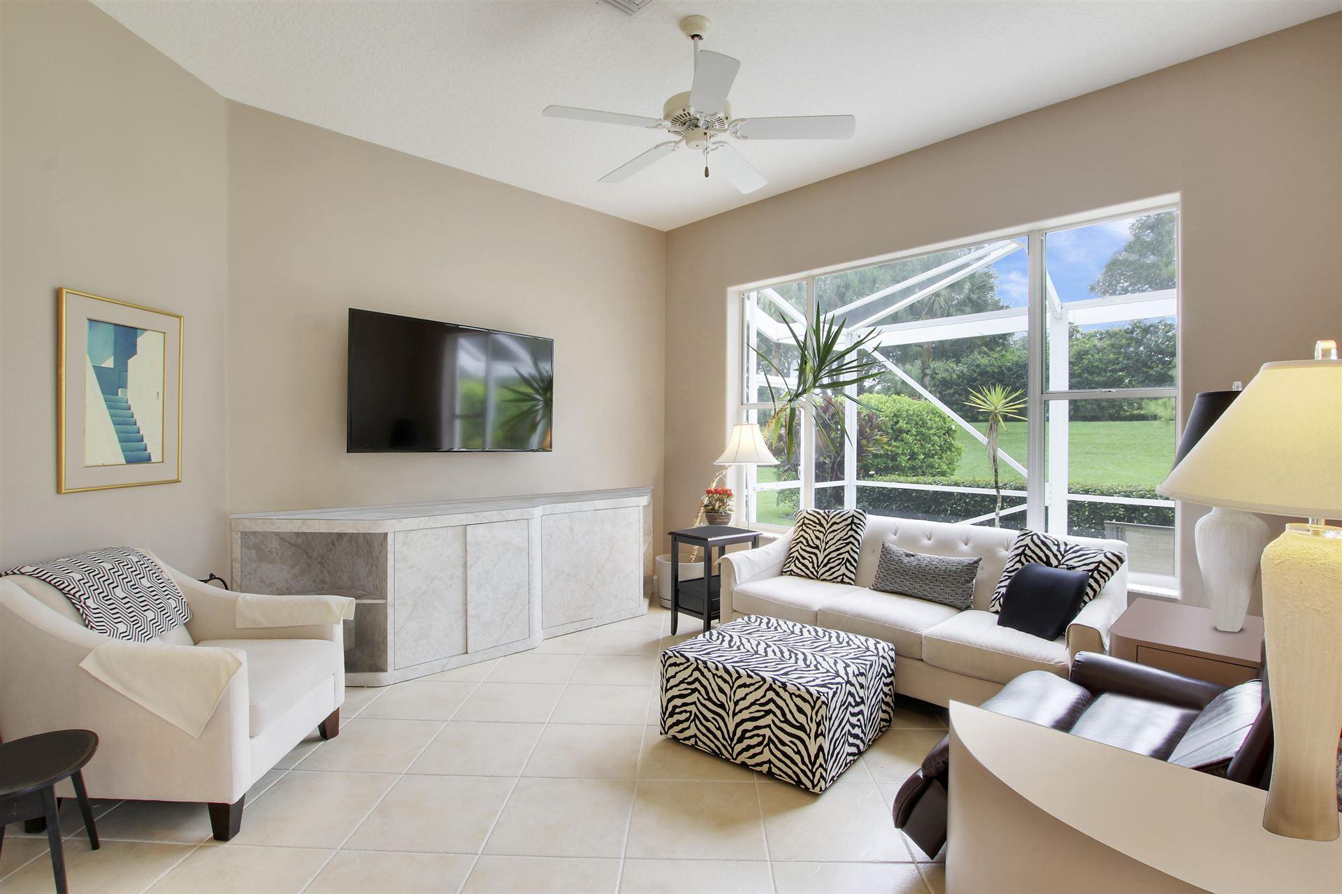 Photo of 727 Pinehurst Way, Palm Beach Gardens, FL 33418 (MLS # RX-10631864)