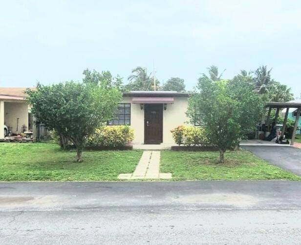 Photo of 610 NW 8 Street, Dania Beach, FL 33004 (MLS # RX-10726866)