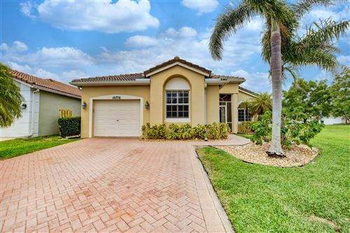 Photo of Listing MLS rx in 10776 Oak Bend Way Wellington FL 33414