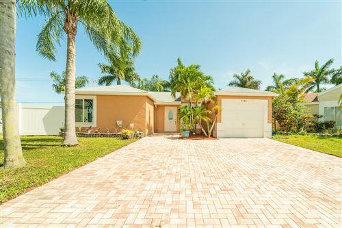 Photo of 9785 Ridgecreek Road, Boca Raton, FL 33496 (MLS # RX-10634867)