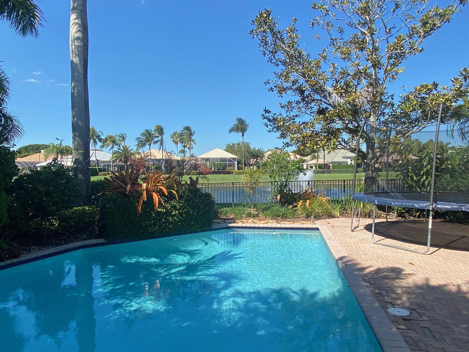 Photo of 120 Victoria Bay Court, Palm Beach Gardens, FL 33418 (MLS # RX-10694867)