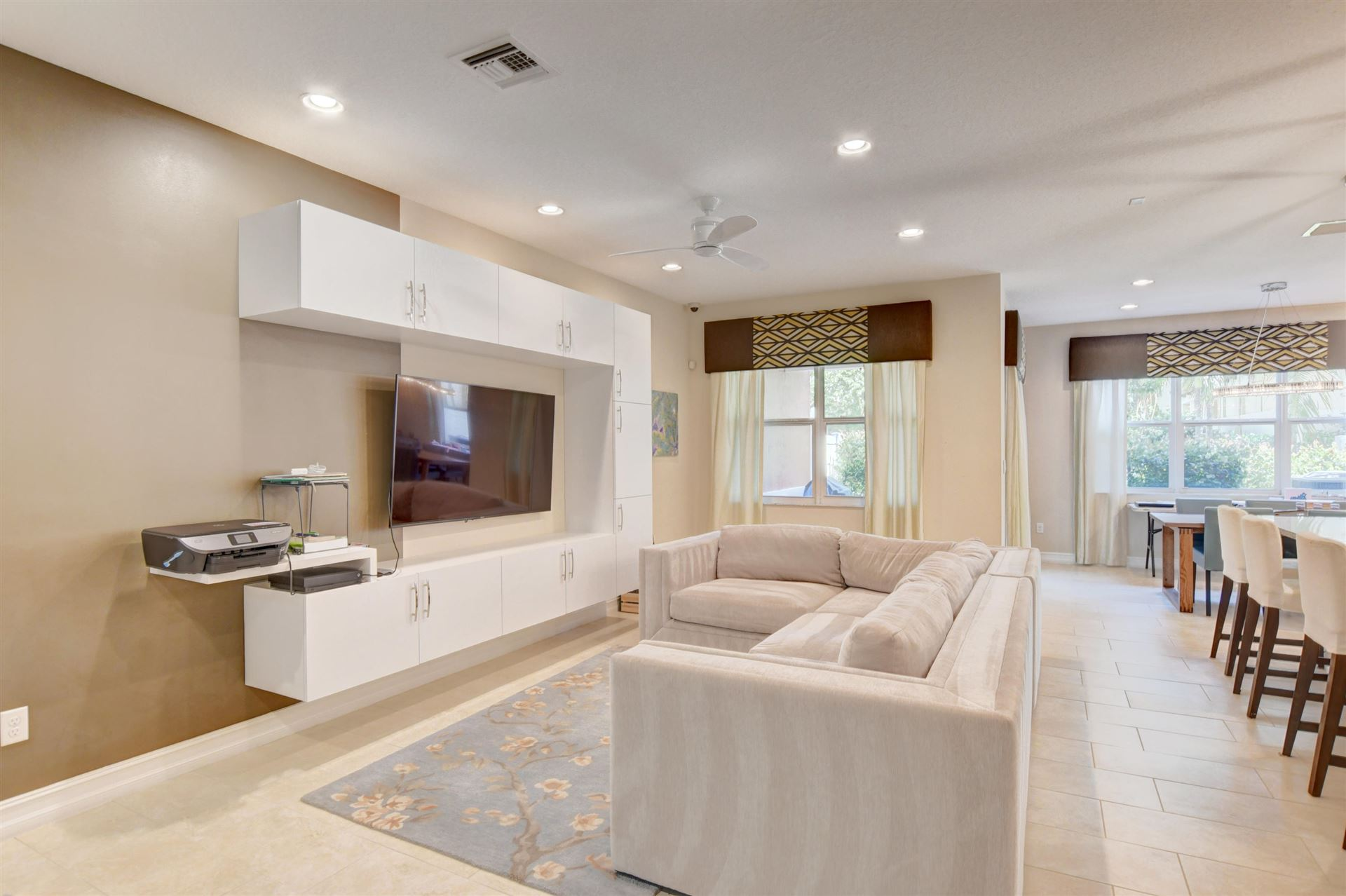 Photo of 100 NW 69th Circle #42, Boca Raton, FL 33487 (MLS # RX-10716867)