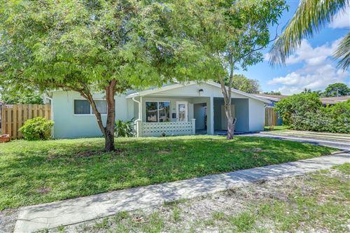 Foto de inmueble con direccion 3521 NW 36th Avenue Lauderdale Lakes FL 33309 con MLS RX-10658868