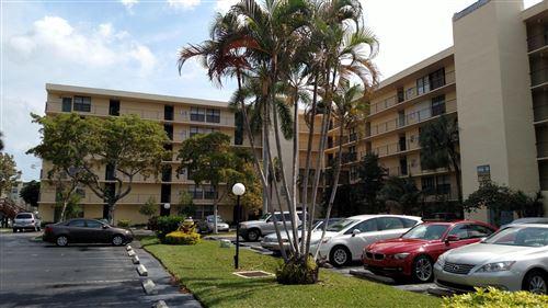 Photo of 12 Royal Palm Way #605, Boca Raton, FL 33432 (MLS # RX-10691871)