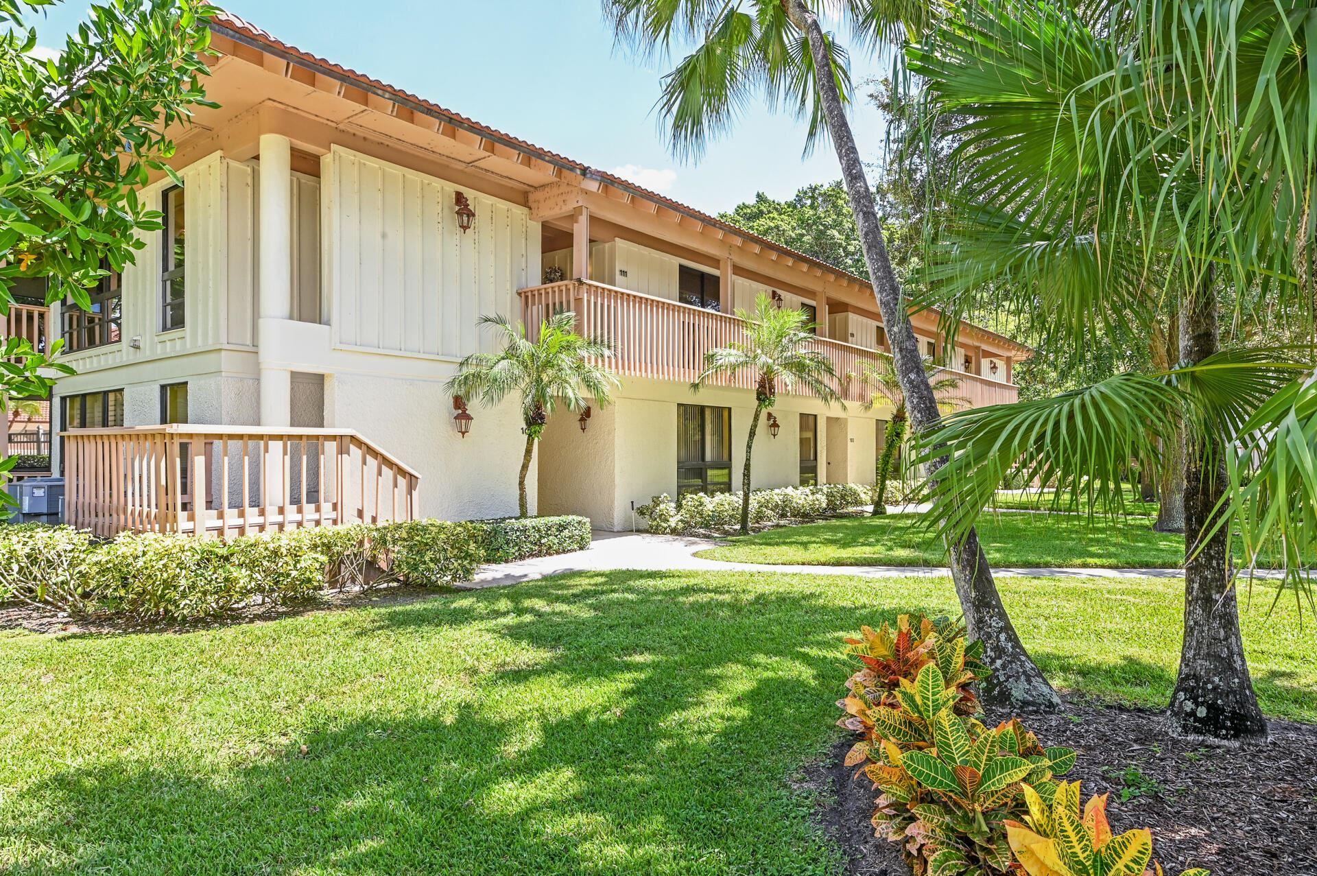 Photo of 111 Brackenwood Road, Palm Beach Gardens, FL 33418 (MLS # RX-10745871)