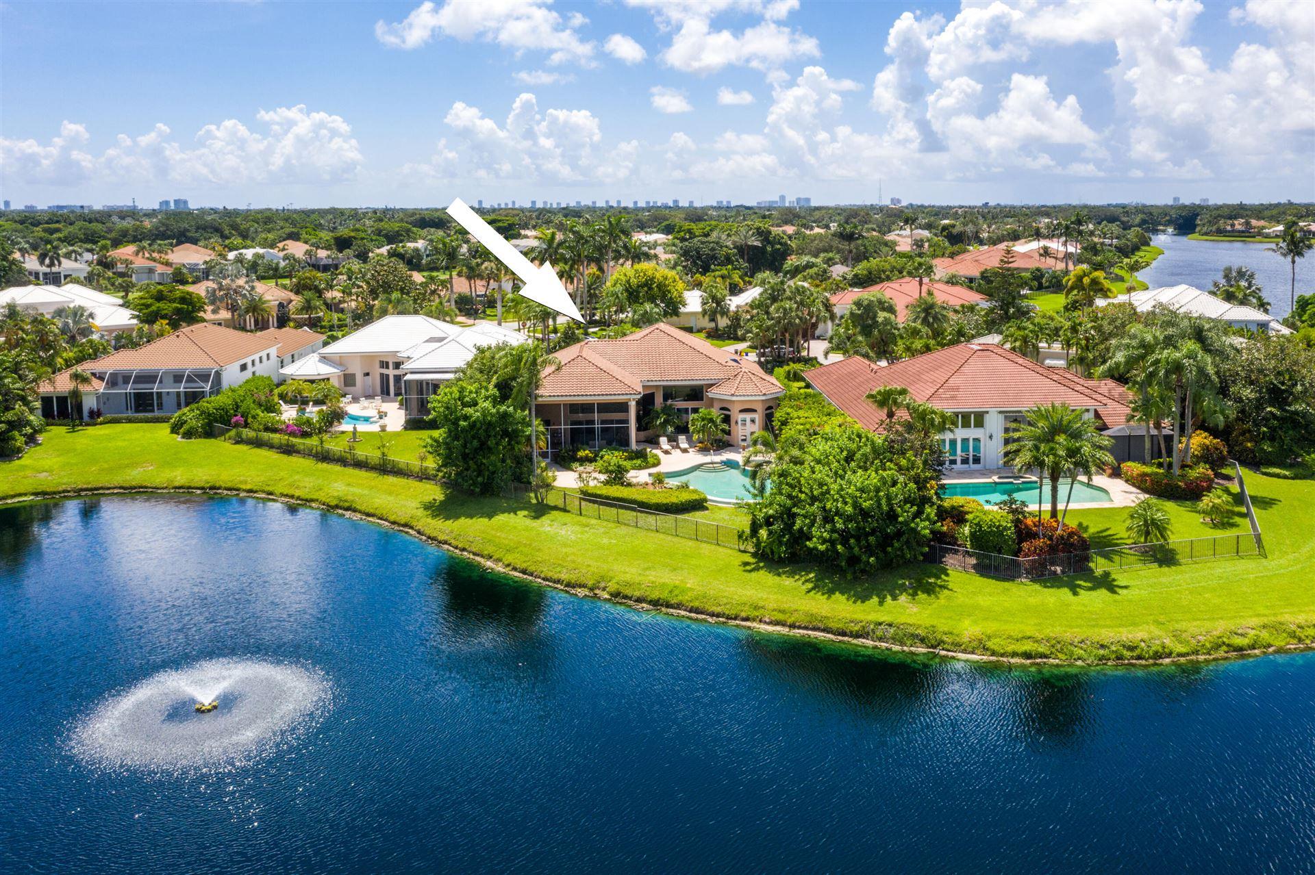 Photo of 82 Saint James Court, Palm Beach Gardens, FL 33418 (MLS # RX-10733872)