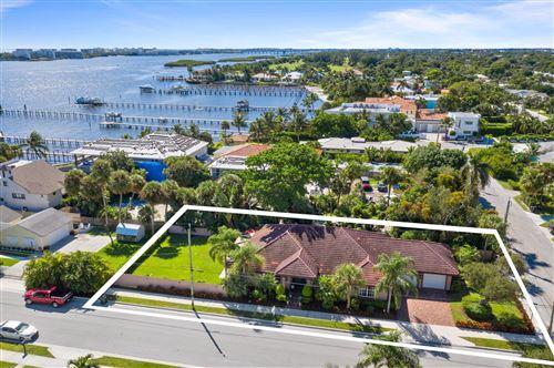 Photo of 15 Wellesley Drive, Lake Worth Beach, FL 33460 (MLS # RX-10753874)