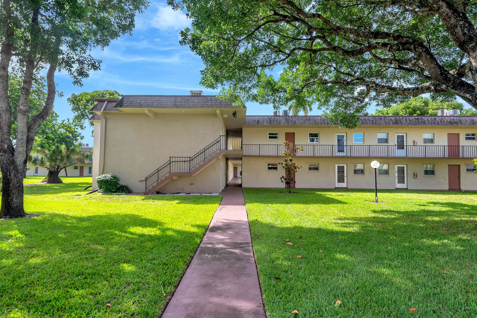 750 Lori Drive #230, Palm Springs, FL 33461 - #: RX-10674877