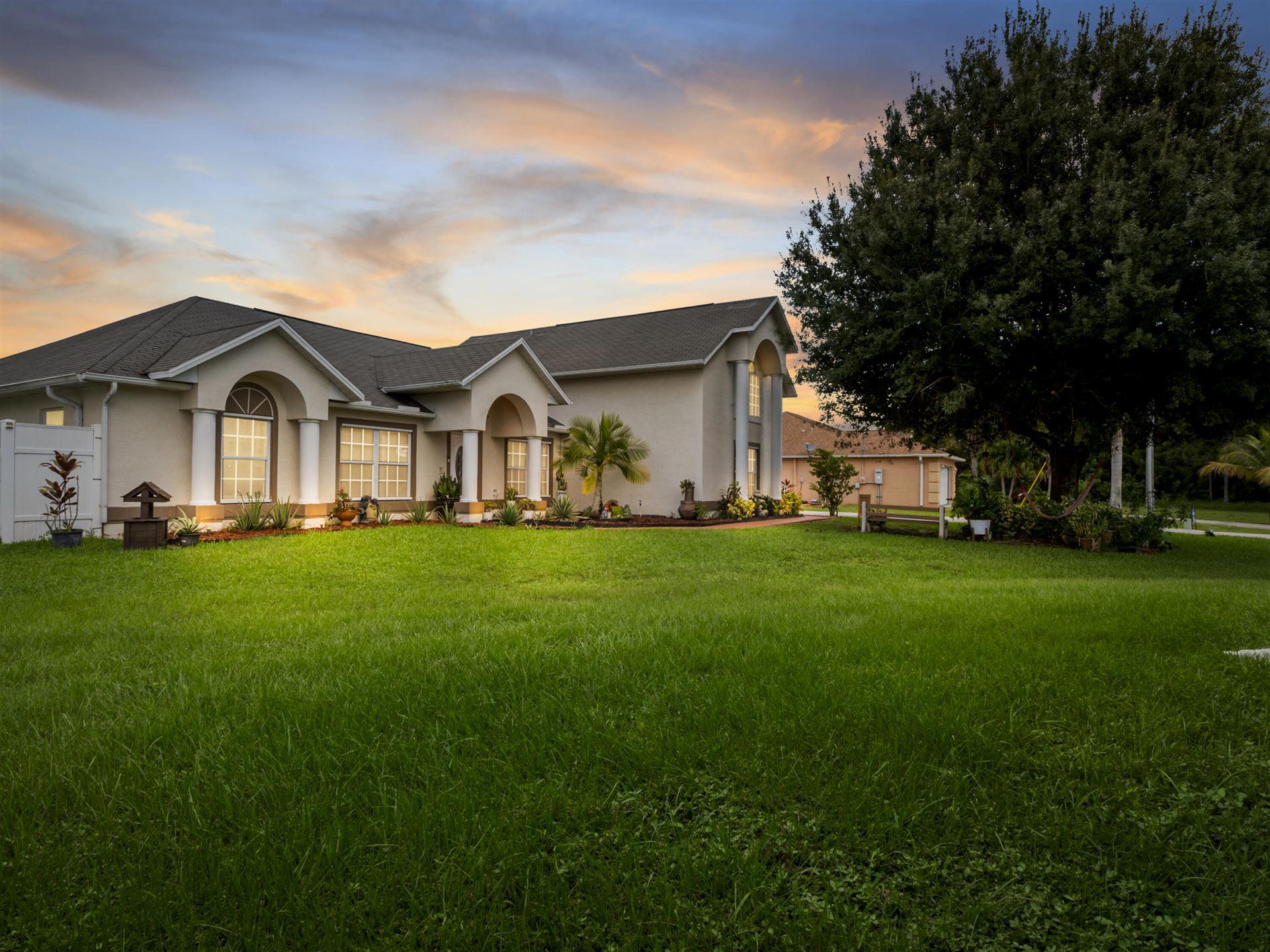 5811 NW Carr Court, Port Saint Lucie, FL 34986 - #: RX-10747877