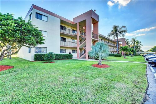 Photo of 5598 Witney Drive #303, Delray Beach, FL 33484 (MLS # RX-10583879)