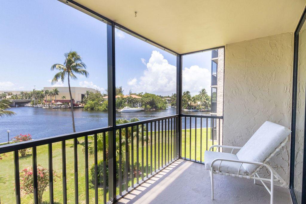7 Royal Palm Way #306, Boca Raton, FL 33432 - #: RX-10731879