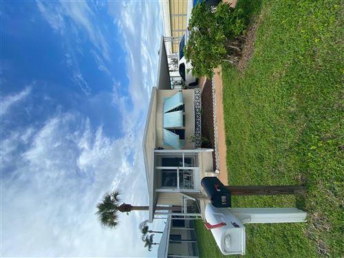 Photo of 195 SE Trafalgar Terrace, Stuart, FL 34994 (MLS # RX-10733883)
