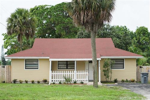 Photo of 5018 Cleveland Road, Delray Beach, FL 33484 (MLS # RX-10628884)