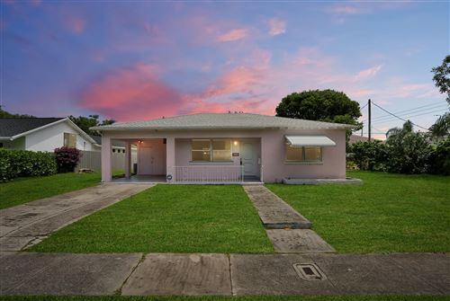 Photo of 315 Pilgrim Road, West Palm Beach, FL 33405 (MLS # RX-10625885)