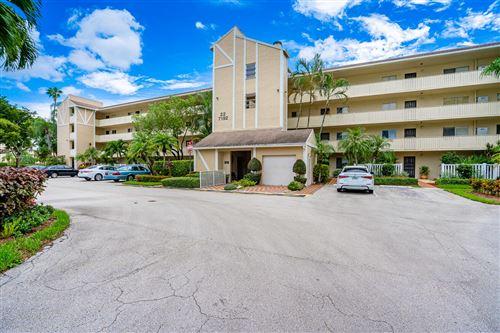 Photo of 7192 Huntington Lane #202, Delray Beach, FL 33446 (MLS # RX-10747886)