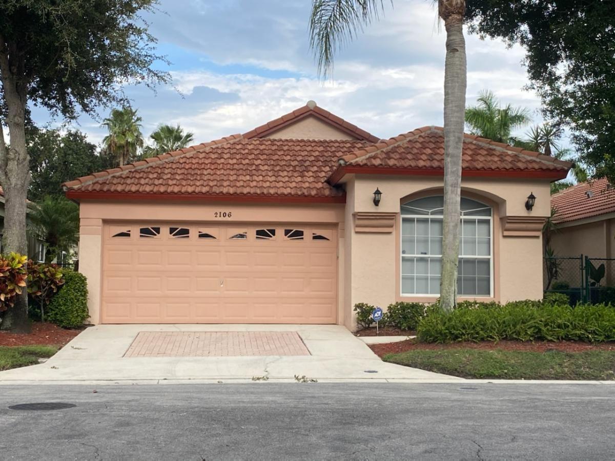 2106 Bonisle Circle, Riviera Beach, FL 33418 - #: RX-10642886