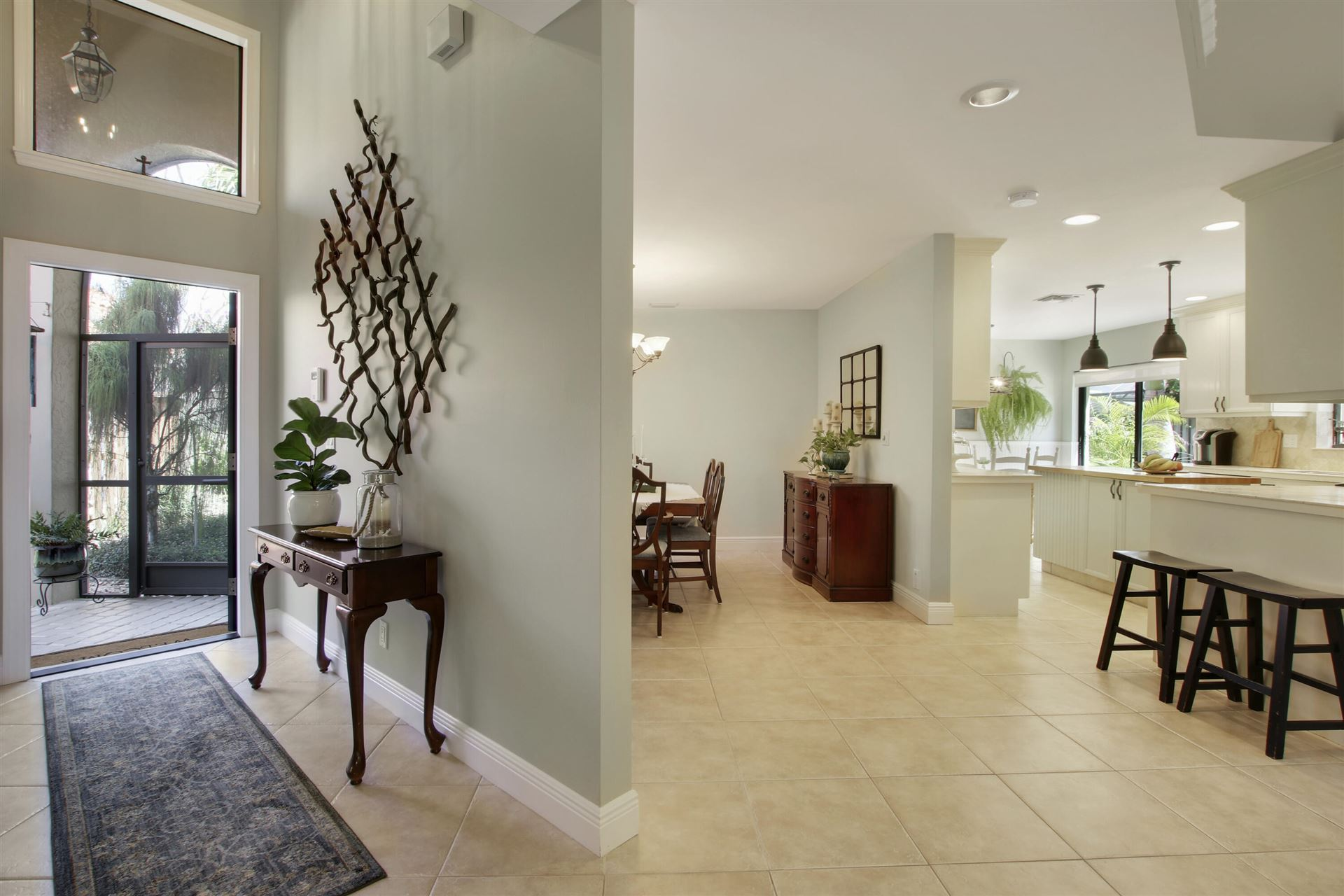 Photo of 2524 La Cristal Circle, Palm Beach Gardens, FL 33410 (MLS # RX-10697887)
