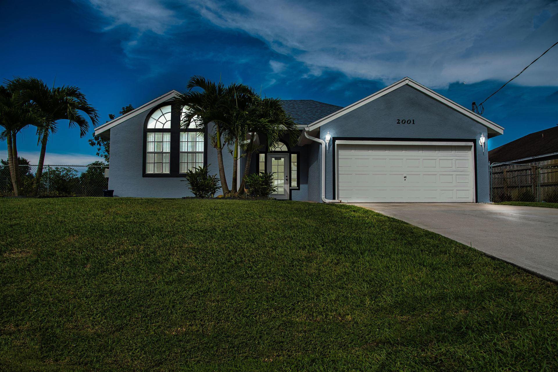 2001 SW Hampshire Lane, Port Saint Lucie, FL 34953 - #: RX-10731888