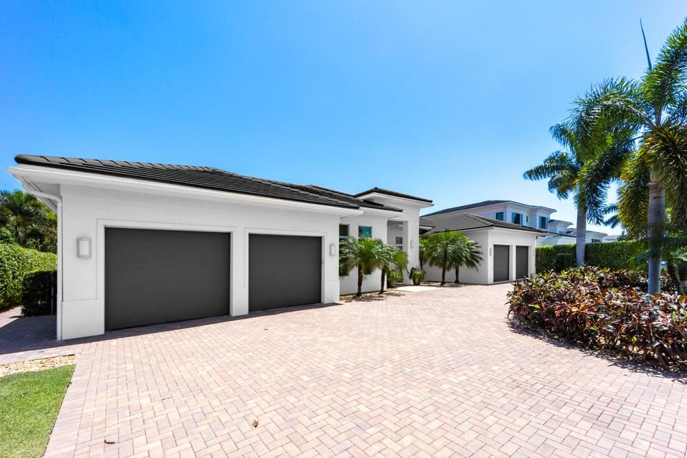 Photo of 665 Hermitage Circle, Palm Beach Gardens, FL 33410 (MLS # RX-10711889)