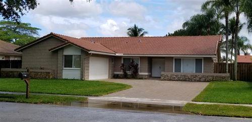 Photo of 9840 NW 15th Street, Plantation, FL 33322 (MLS # RX-10733890)